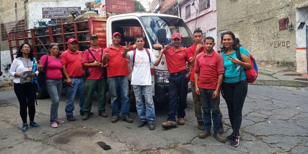 Miembros de la empresa de propiedad social directa comunal gas de Antímano, Caracas, Venezuela