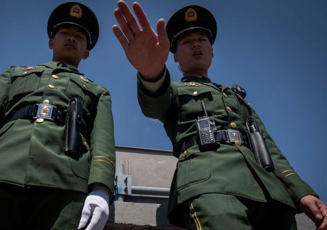 Dos policías chinos (imagen referencial)