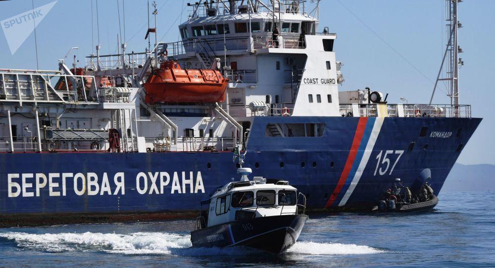 Los barcos de los guardafronteras rusos (archivo)