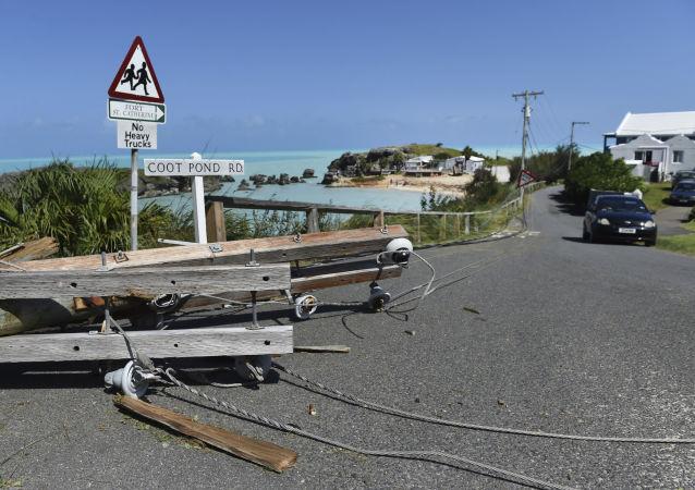 Daños del huracán Humberto en Bermuda