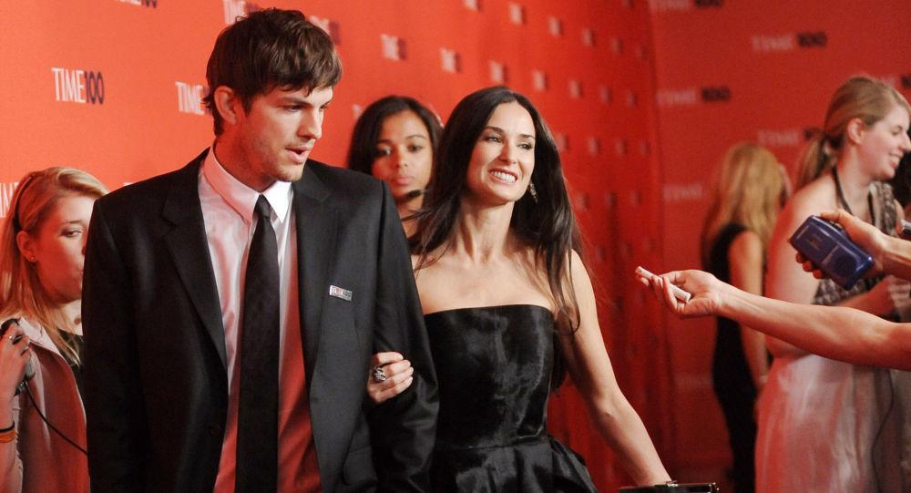 El actor Ashton Kutcher y su entonces esposa, Demi Moore