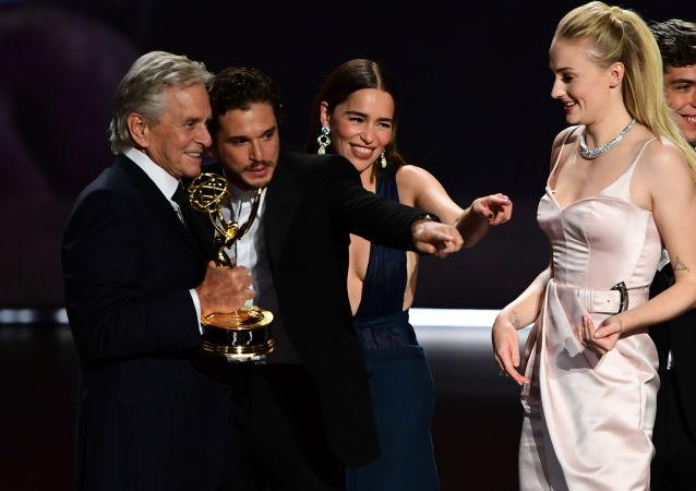 Los actores de Juego de Tronos celebran el Emmy a mejor serie dramática