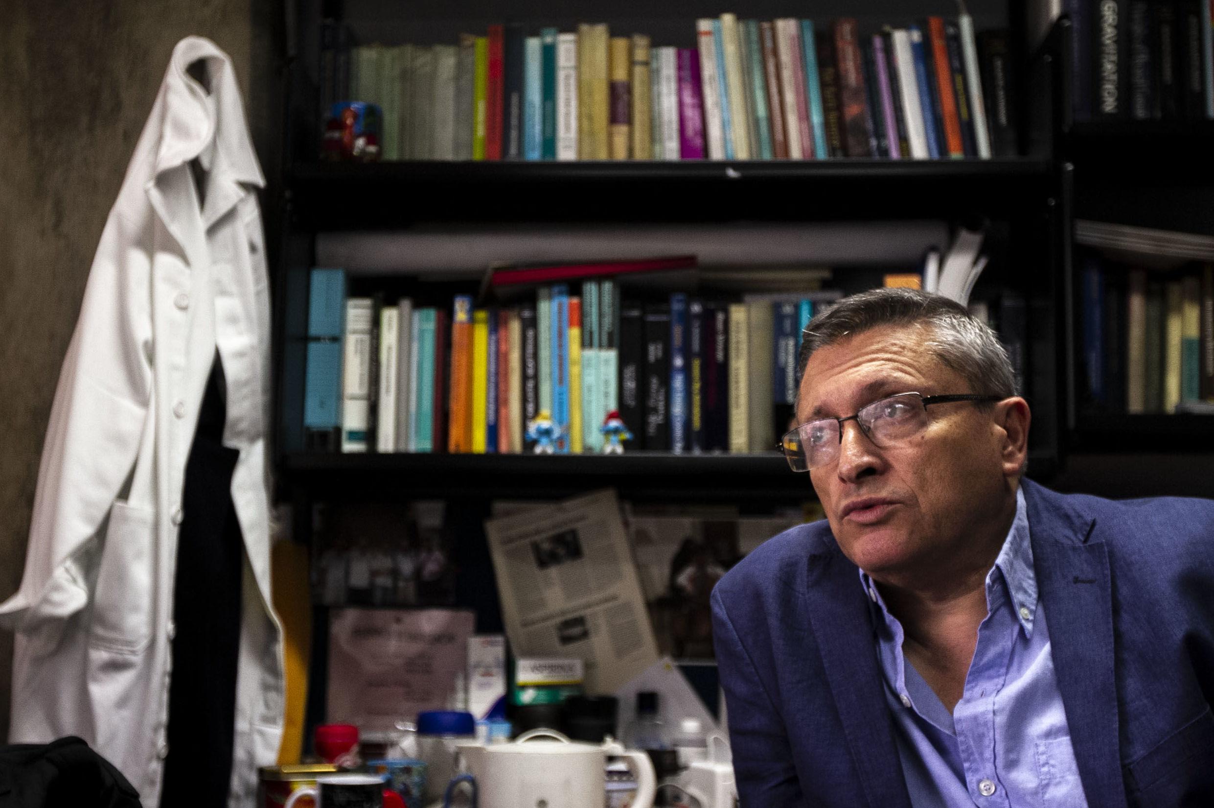 Gustavo Medina, investigador del Instituto de Ciencias Nucleares de la UNAM y coordinador del Linx durante entrevista