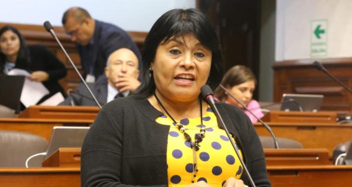 Esther Saavedra, congresista peruana por el partido Fuerza Popular