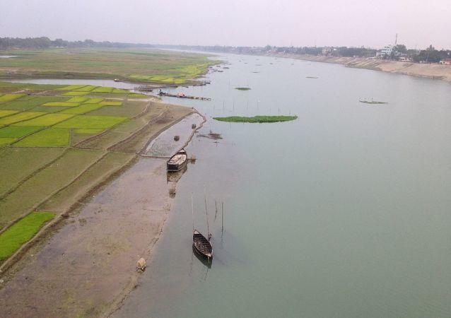 El río Mahananda (Archivo)