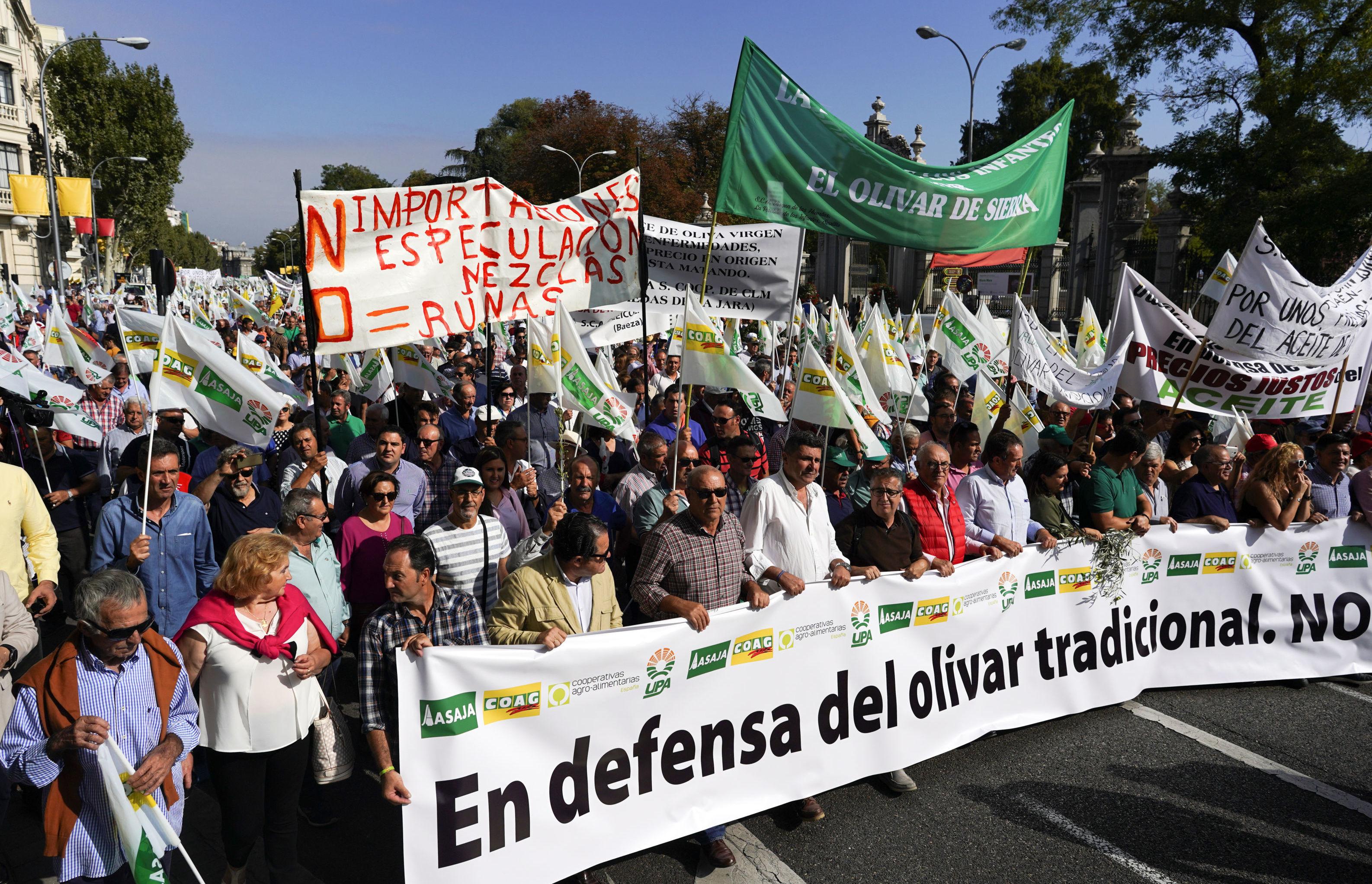 Protestas contra los aranceles de EEUU en Madrid
