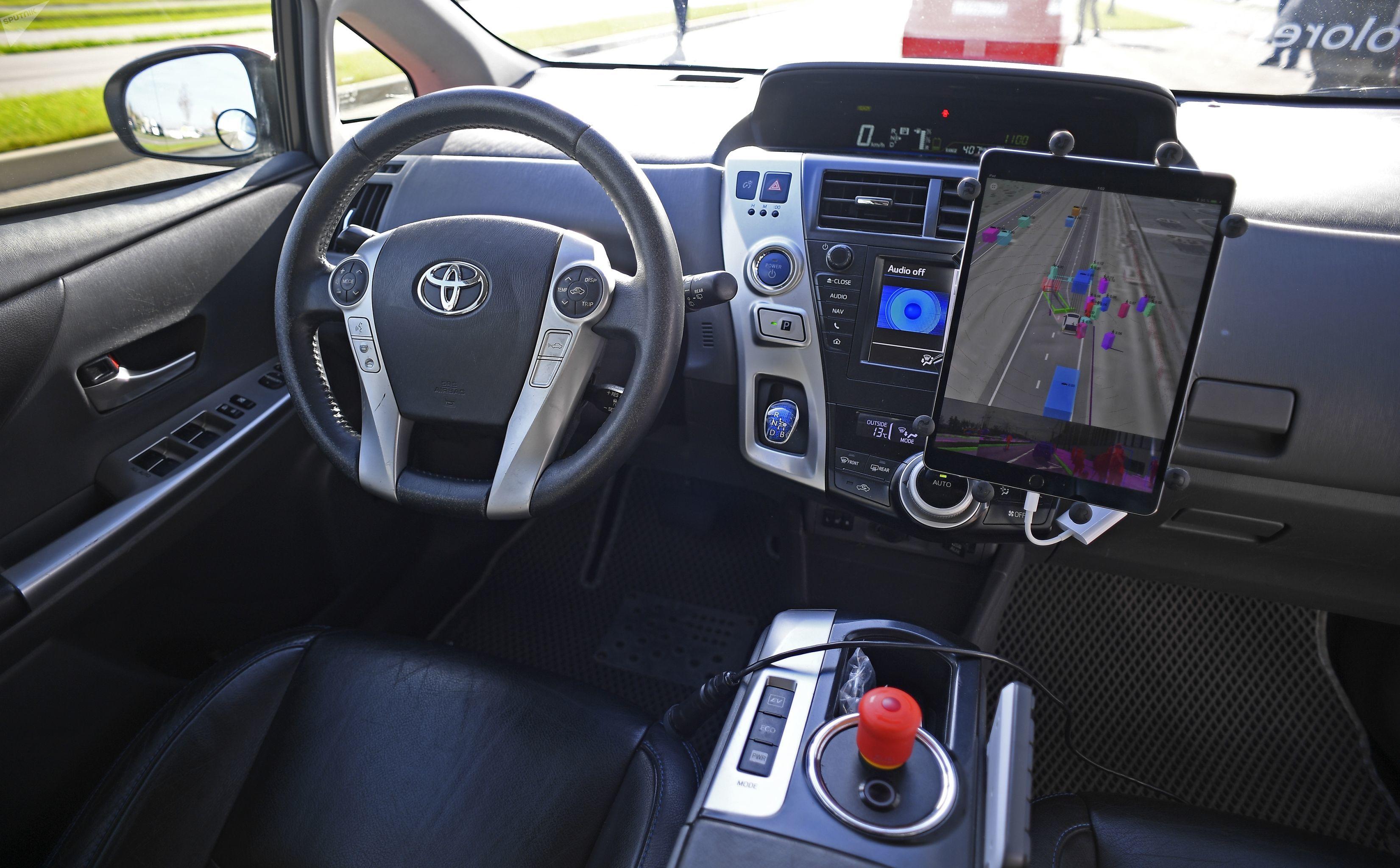 El interior del taxi no tripulado de Yandex