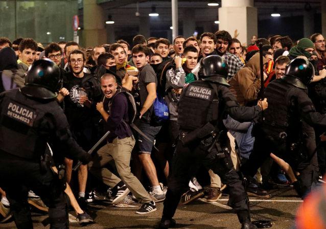 La Policía catalana durante las protestas
