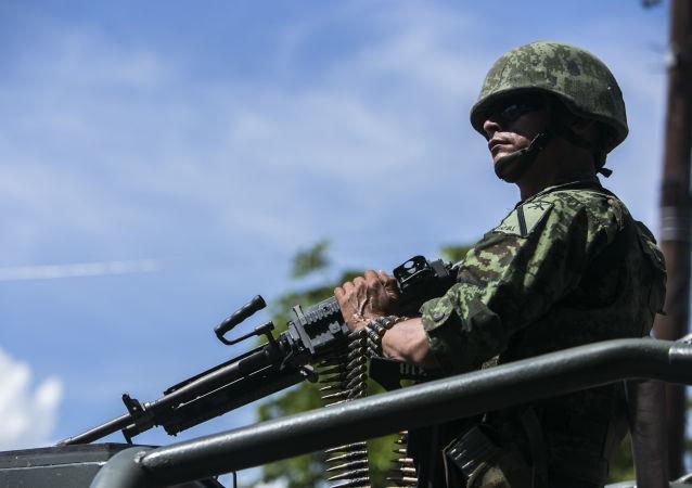 Convoy militar del Ejército de México (archivo)