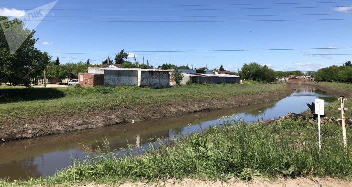Orillas del Arroyo Morales, que desemboca al Río Matanza-Riachuelo