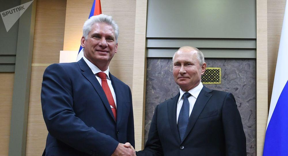 El presidente cubano, Miguel Díaz-Canel Bermúdez, y el presidente de Rusia, Vladímir Putin