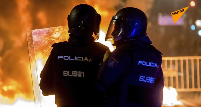 Una oleada de protestas arrasa América Latina y España