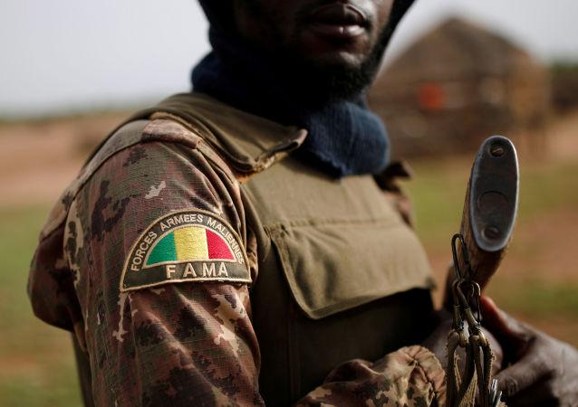Un soldado de las Fuerzas Armadas de Malí