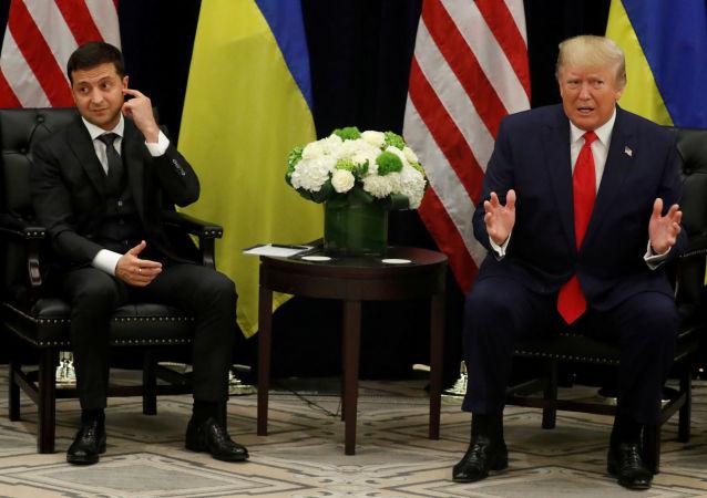 Volodímir Zelenski, presidente de Ucrania, y Donald Trump, presidente de EEUU