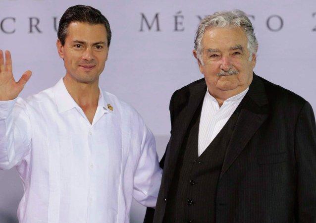 Presidente de México Enrique Peña y presidente de Uruguay José Mujica
