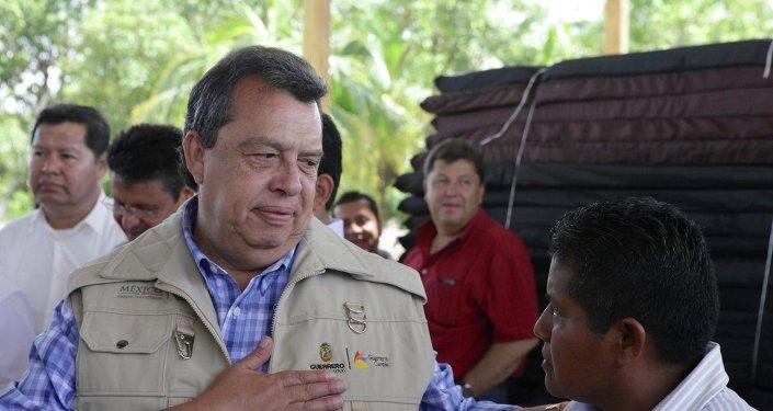 Ángel Aguirre, gobernador del estado de Guerrero