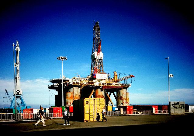 Repsol concluye sus primeras prospecciones de petróleo en Canarias