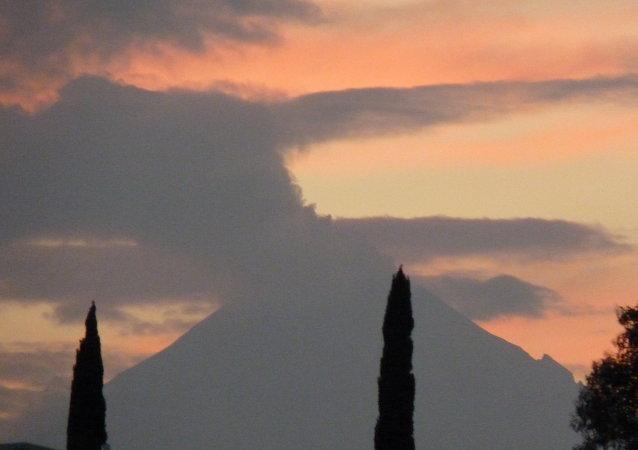 El volcán Popocatépetl (archivo)