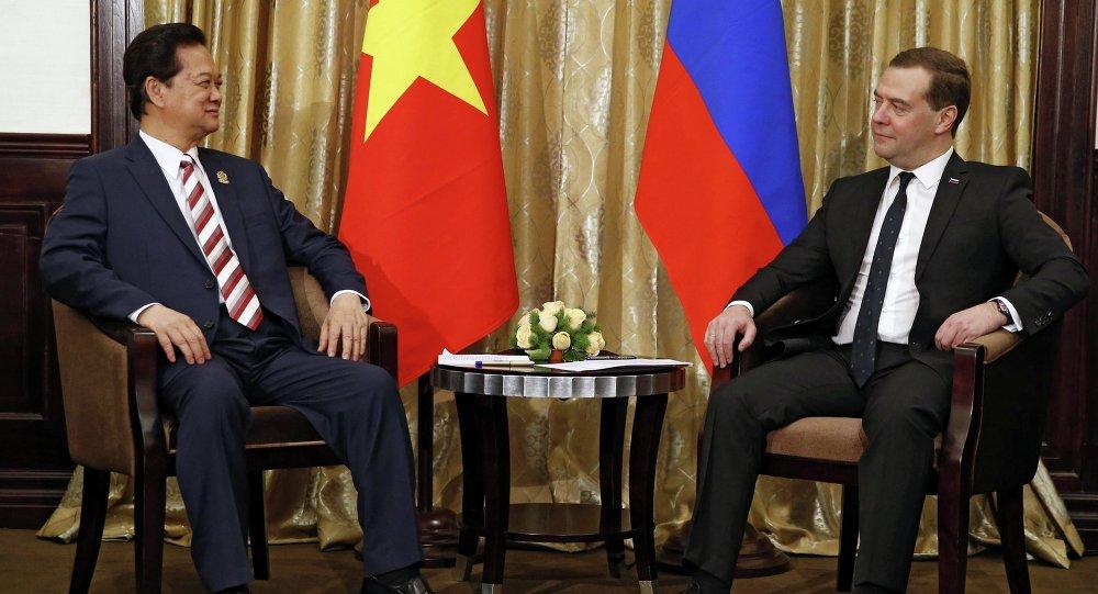 Премьер-министр Вьетнама Нгуен Тан Зунг и Дмитрий Медведев, 12 ноября 2014