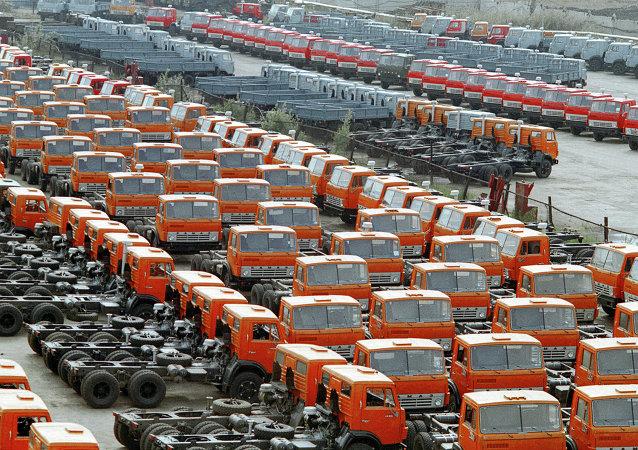 Camiones en las plantas de Kamaz en Naberezhnye Chelny