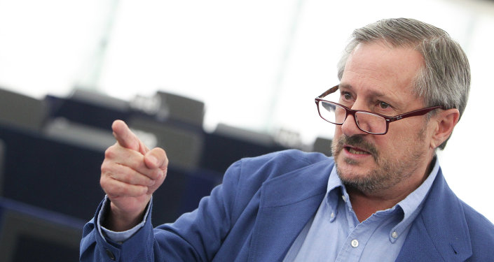 Willy Meyer, histórico político español de Izquierda Unida