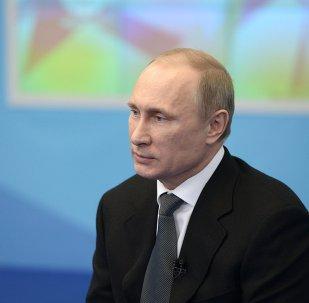 В.Путин встретился с членами общественного совета по проведению Олимпиады 2014