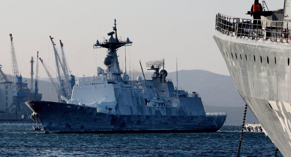 Прибытие отряда военных кораблей Республики Кореи в порт Владивостока