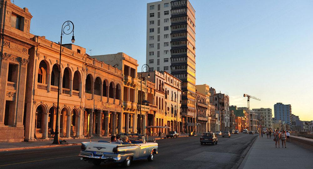 Центральная Гавана и набережная Malecon
