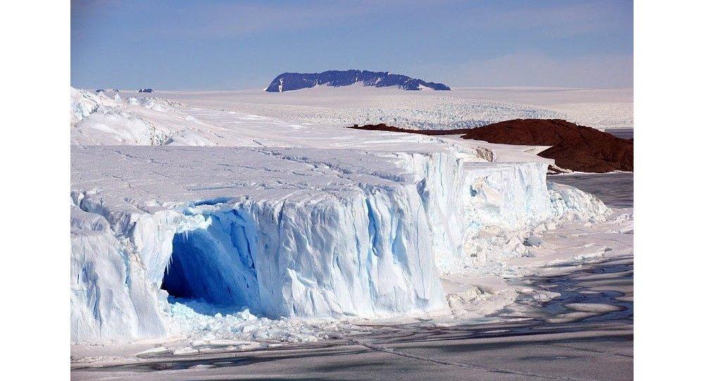 Los Estrechos En La Antartida Occidental Pueden Deshelarse Ya - Estrechos