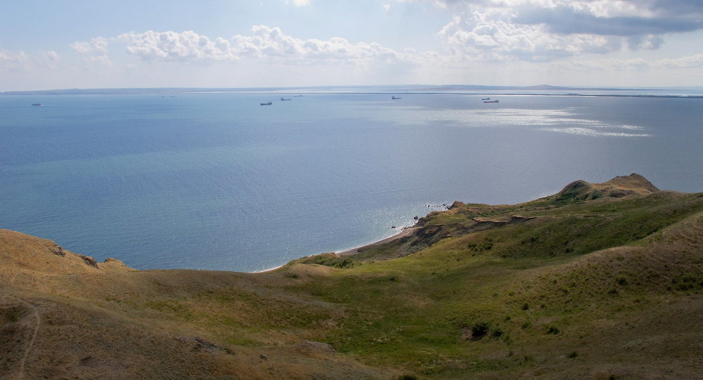 La construcción de un puente eléctrico sobre el estrecho de Kerch comenzará en 2015