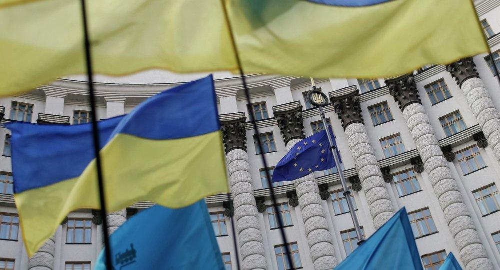 Bruselas llama a Moscú a no impedir libre comercio de Ucrania con la UE