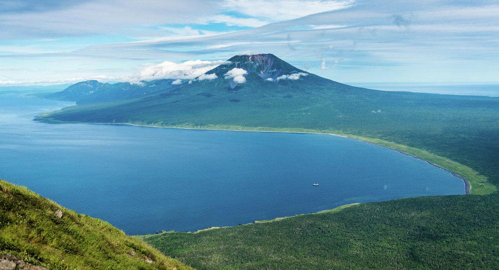 El volcán Atsonupuri, Iturup