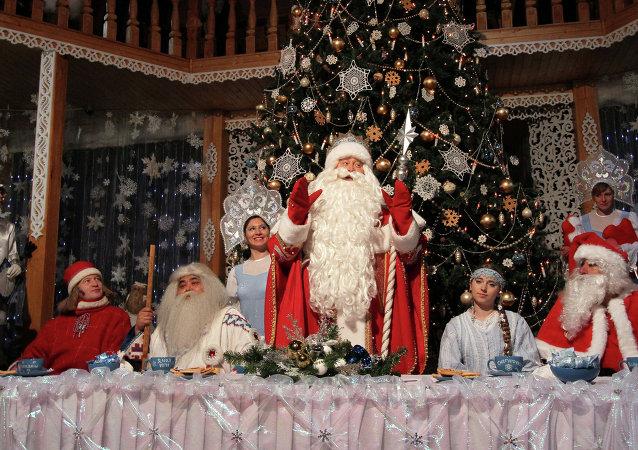 Papá Noel, llamado en Rusia Ded Moroz (Abuelo del Frío)