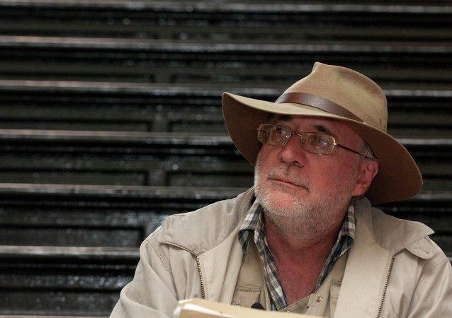 Хавьер Сицилия, мексиканский поэт, лидер социалистов,2012