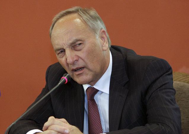 Andris Berzins, presidente de Letonia