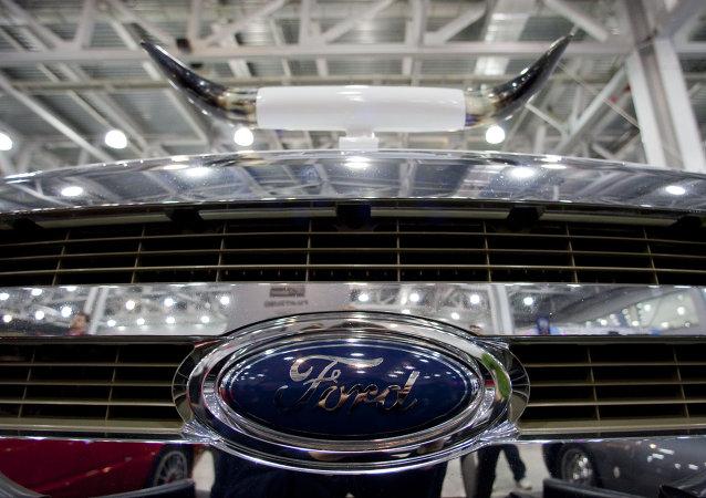 Las ventas de Ford Sollers en Rusia bajan un 39% en 2014