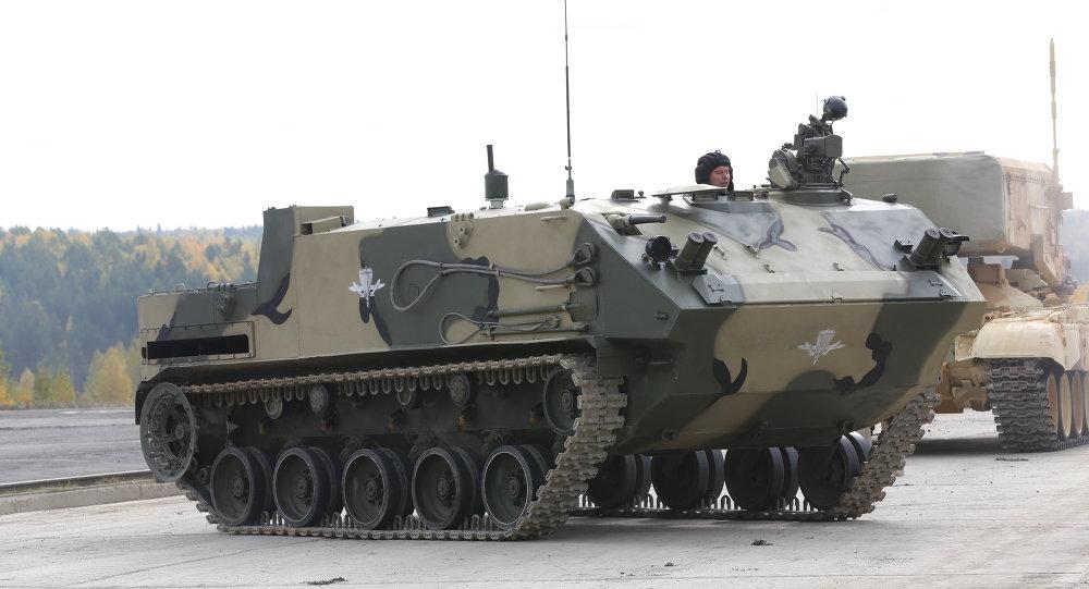 Vehículo blindado Rakushka (archivo)