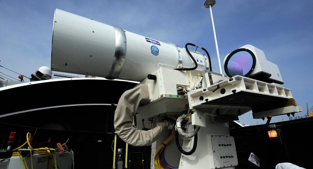 Presenta EU letal arma láser en el mundo