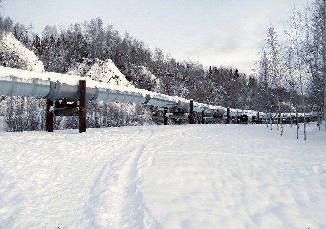 Alaska enfrenta serios problemas fiscales por caída del precio del petróleo