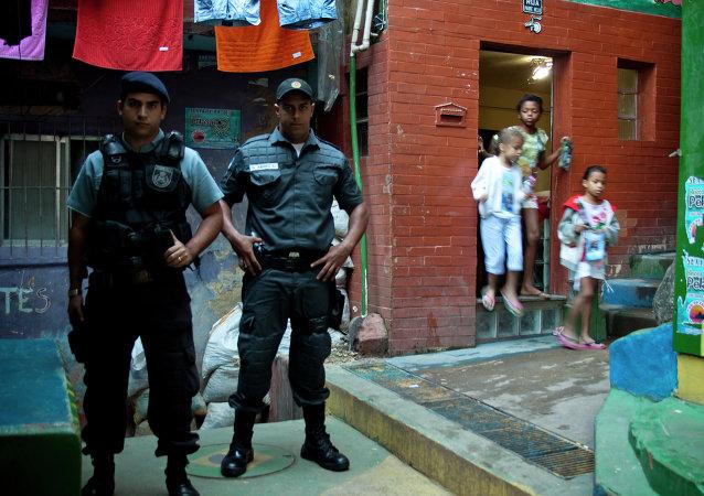 Policías en una favela de Río de Janeiro (archvio)