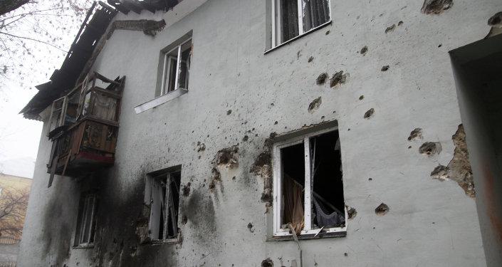 Amnesty International acusa a Kiev y a las milicias de la muerte de civiles en Donbás