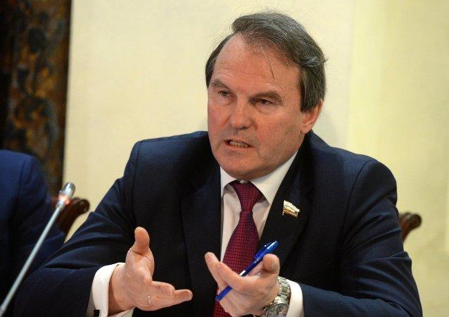 Ígor Morózov, miembro del comité para asuntos internacionales del Consejo de la Federación