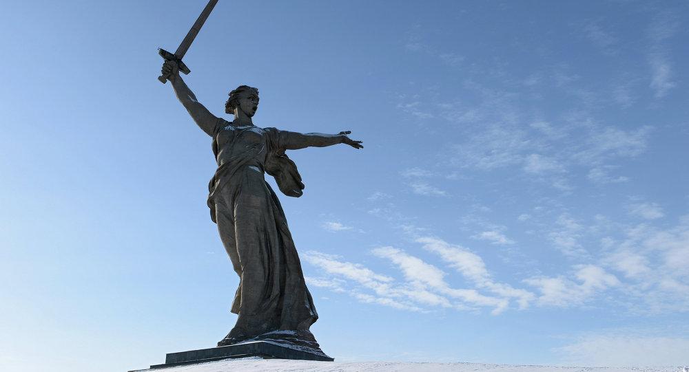 Estatua de la Madre Patria en Volgogrado