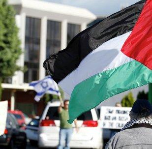 Banderas de Palestina e Israel