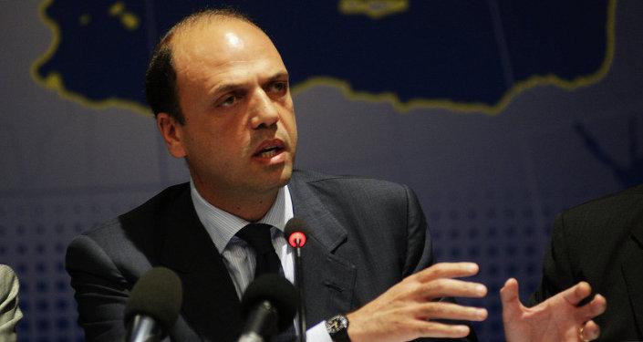 Angelino Alfano, ministro del Interior de Italia