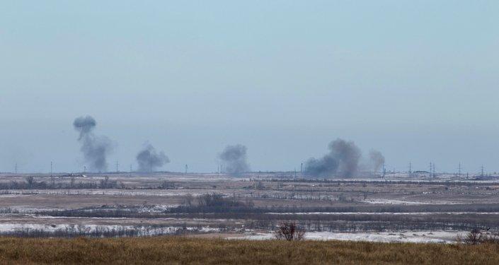Humo en la zona de Debáltsevo, 18 de febrero, 2015