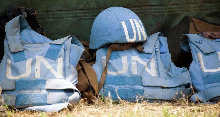Kiev insta a enviar a cascos azules a Donbás para que se cumplan los acuerdos de Minsk