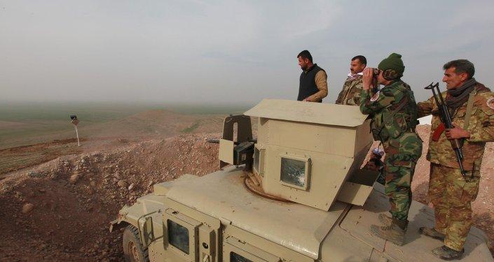 Los kurdos iraquíes se preparan para arrebatar Mosul a los yihadistas antes de mayo