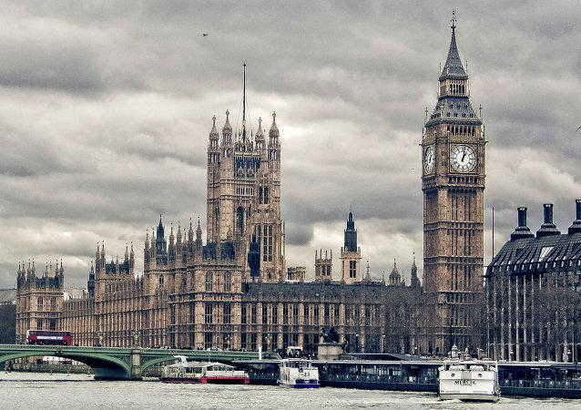 Cámara de los Lores critica a Cancillería inglesa por desminuir papel de Rusia en Ucrania
