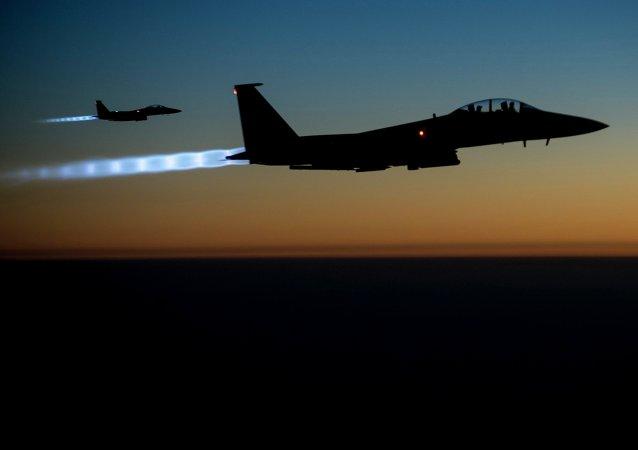 Caza F-15E norteamericano (archivo)